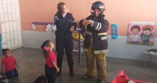 """Programa""""El Bombero va a la escuela"""" reinicia actividades en centros educativos de Guacara"""