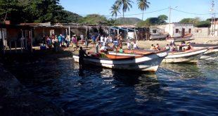 Lancheros controlaron derrame de hidrocarburo en Gañango