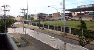 En el Edificio Rondón sorprendidos con ampliación de La Bombonerita inutilizando un canal de la calle Rondón