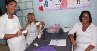 """Una jornada de entrega de píldoras anticonceptivas y de preservativos de forma gratuita se desarrolló este miércoles 22 en el Hospital Central """"Adolfo Prince Lara"""", actividad que benefició a unas 300 mujeres."""