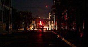 Dos terceras partes de Puerto Rico aún sin electricidad después de terremotos