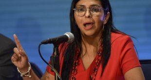 España niega que Delcy Rodríguez entró en su territorio