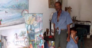 Saturnino Uribe siempre está listo para exponer su obra en los salones de pintura