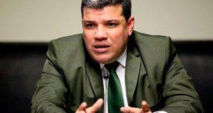 Luis Parra logró la presidencia de la AN sin los votos de la oposición