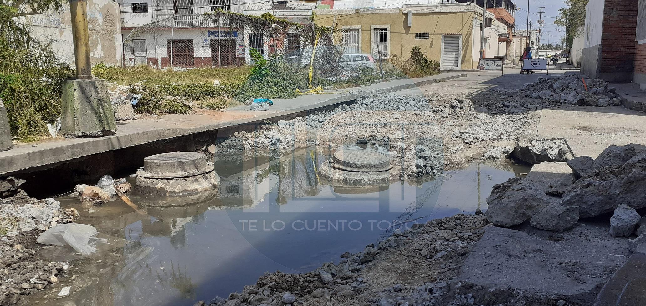 Continúan las reparaciones en la calle Miranda