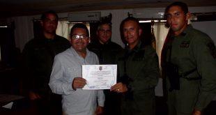 Comandancia de la Infantería de Marina otorgó Diploma de Honor al Mérito a Ángel Navas