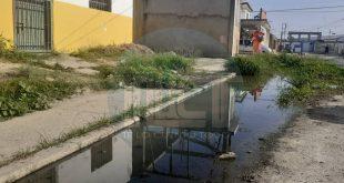 Los Cocos continua con la problemática de Aguas negras y calles rotas