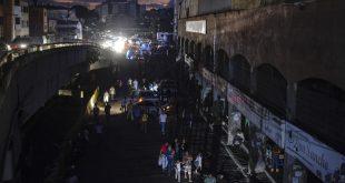 Sin Agua potable ni electricidad el día a día de los venezolanos